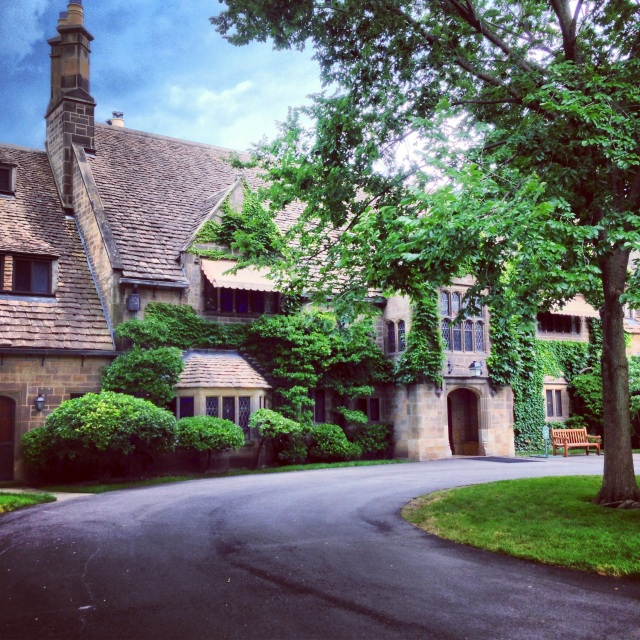 Edsel and Eleanor Ford House | Woodward SPine 2013