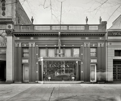 The Lincoln Store - 1925