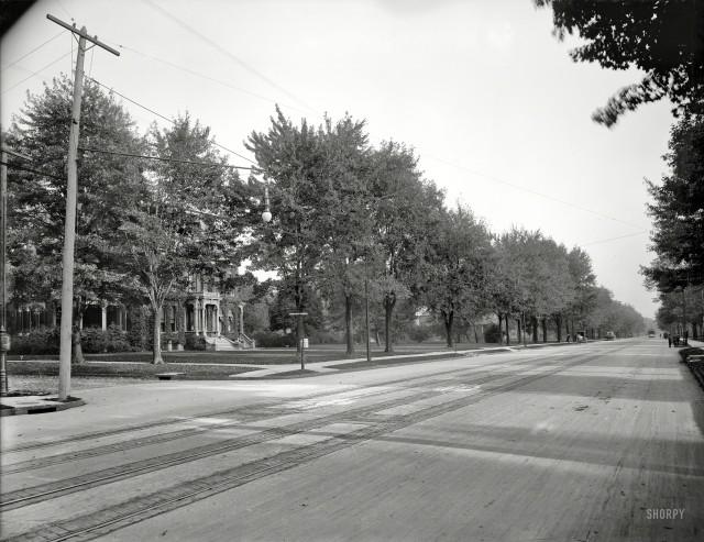 Traffic Ahead - 1901