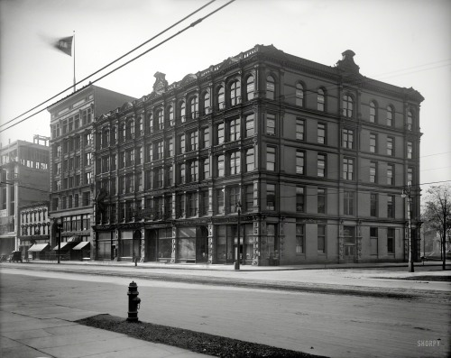 Open Wide - 1908